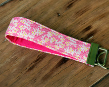 Load image into Gallery viewer, Modern Floral Wristlet Key Fobs