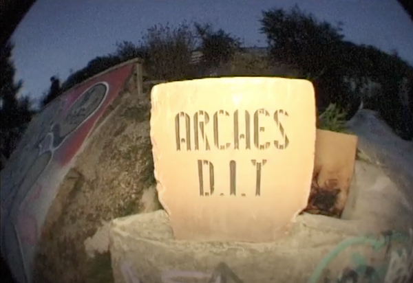 THE ARCHES DIY