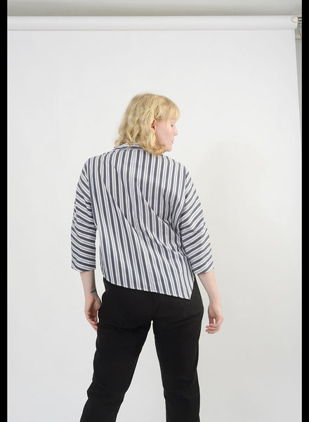 Diagonal Hem Shirt - Stripe