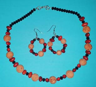 Quandong and Ininti seed necklace and matching earrings - Outback Creative Gifts