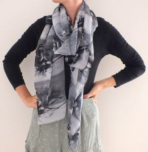 Scarf - Gumnuts-Black - Outback Creative Gifts