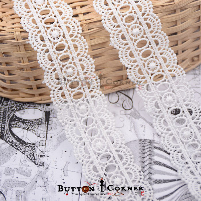 Shuttle Milk Cotton Lace D1691