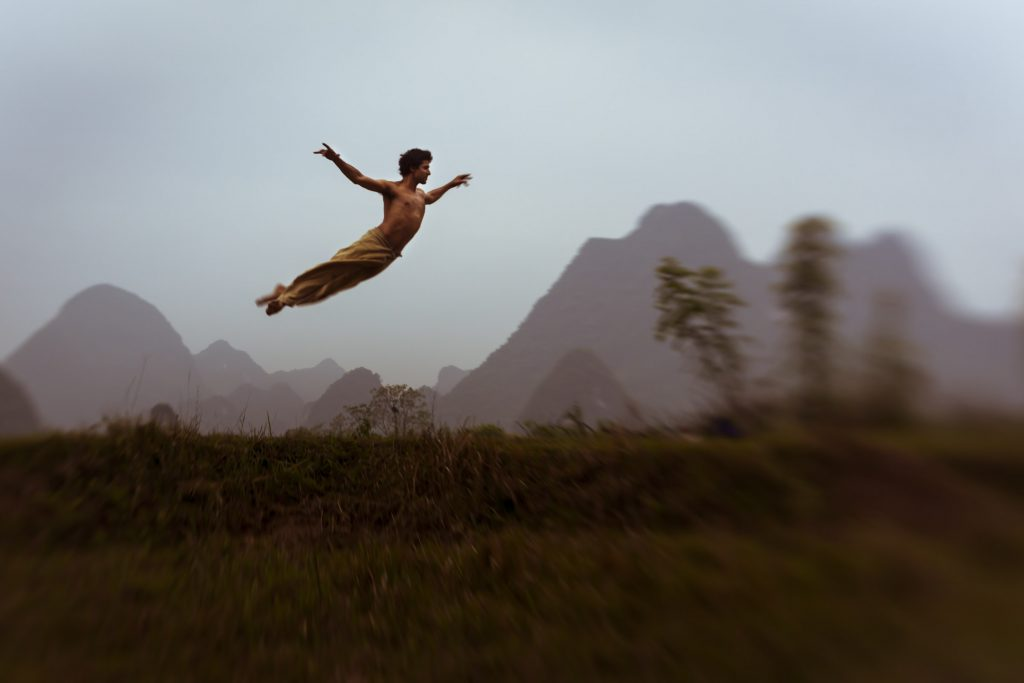 Srikanta Barefoot in Yangshuo, ChinaBoone Speed with Original Lensbaby