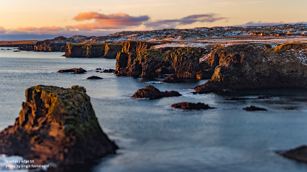 Iceland cliffs snow rocks sea lensbaby manifesto discovery creative effect photography