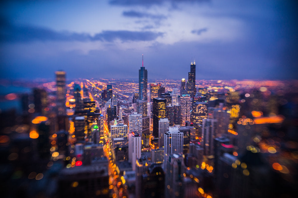 chicago city skyline at night bright city lights blue hour lensbaby Jim Nix Trio 28