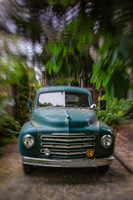 Old green car