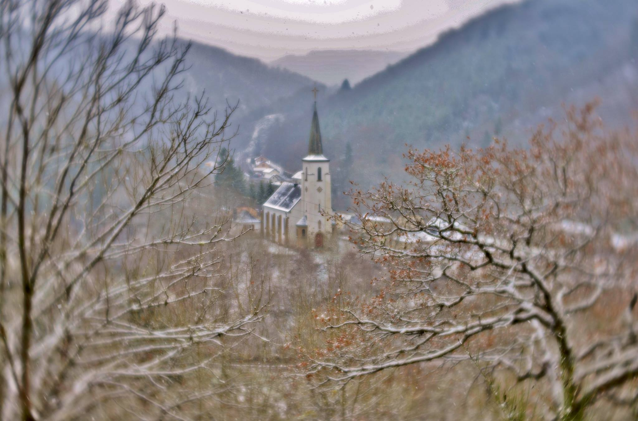 winter snow scene mountains church snow trees featured photos lensbaby