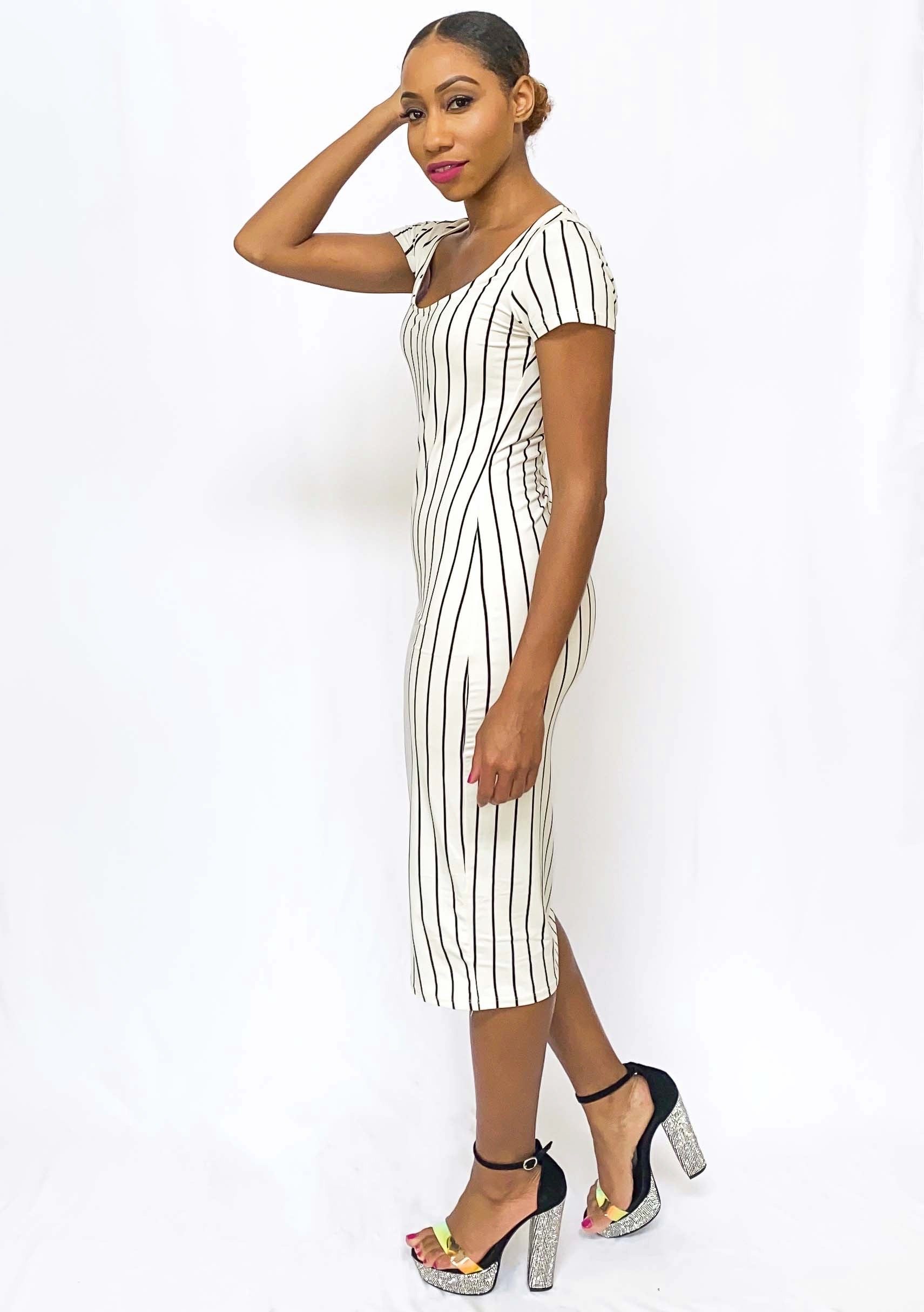Fitted midi dress white with black stripes