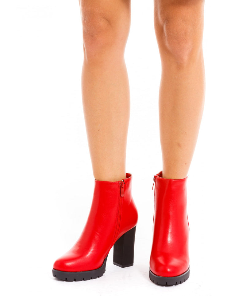 BOTTINES ROUGE A TALONS