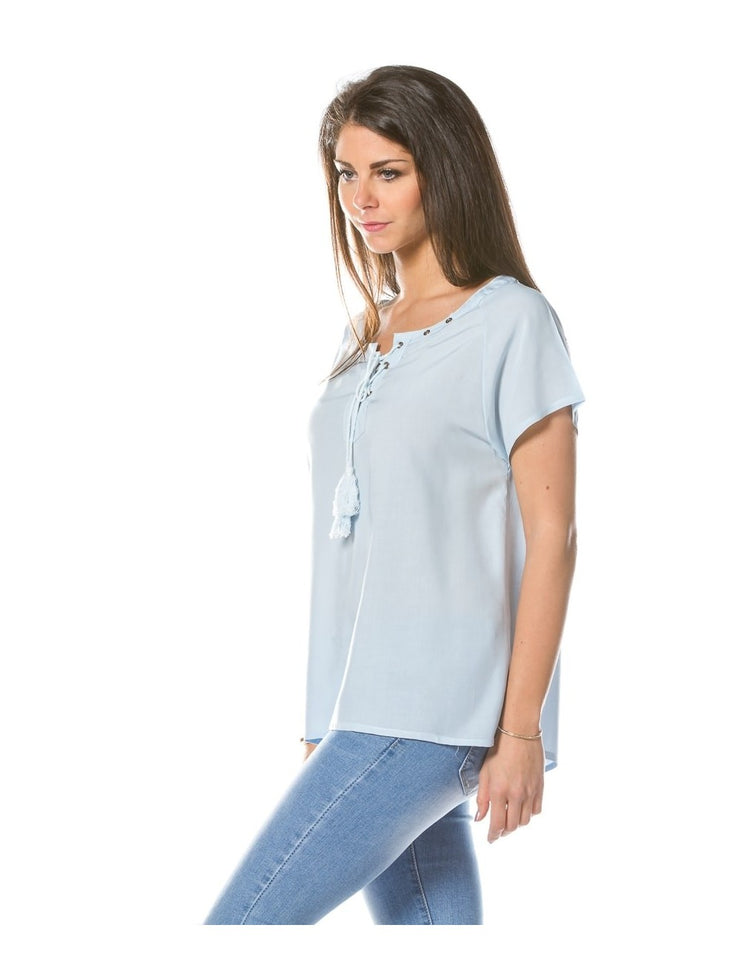 Tee shirt TURQUOISE col lacé