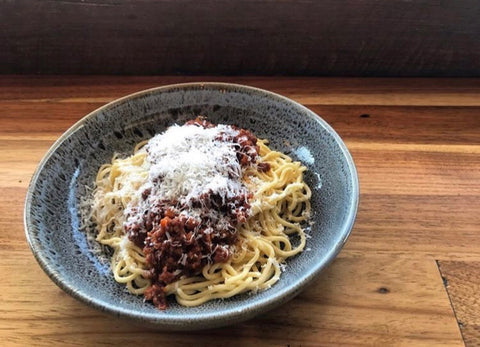 Bolognese with pasta + grana padano (individual serve)