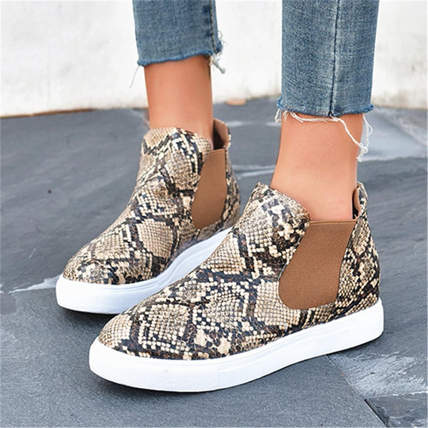 Patchwork Elastic Round Toe Flat With Serpentine Boots