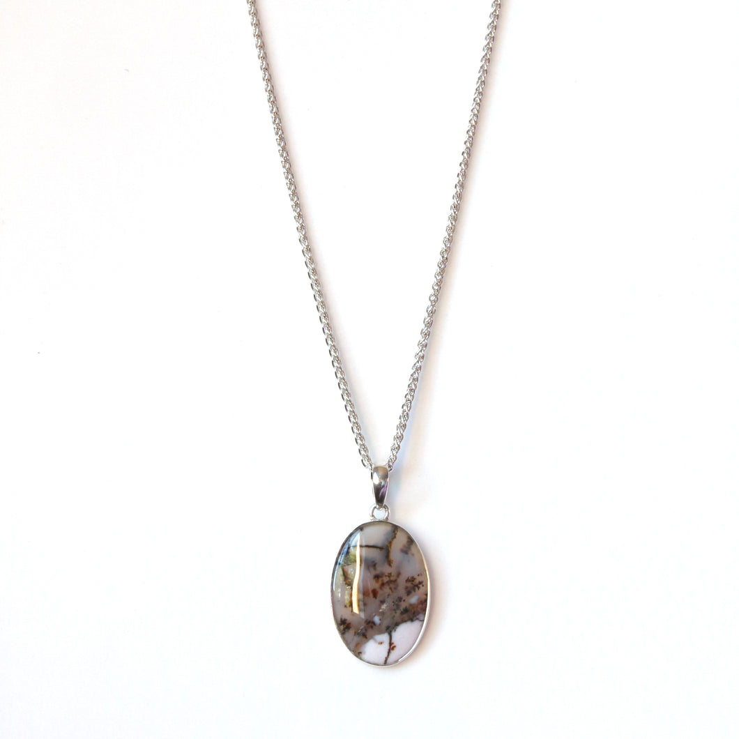 Sterling Silver Chain Necklace with Sanic Agate Pendant