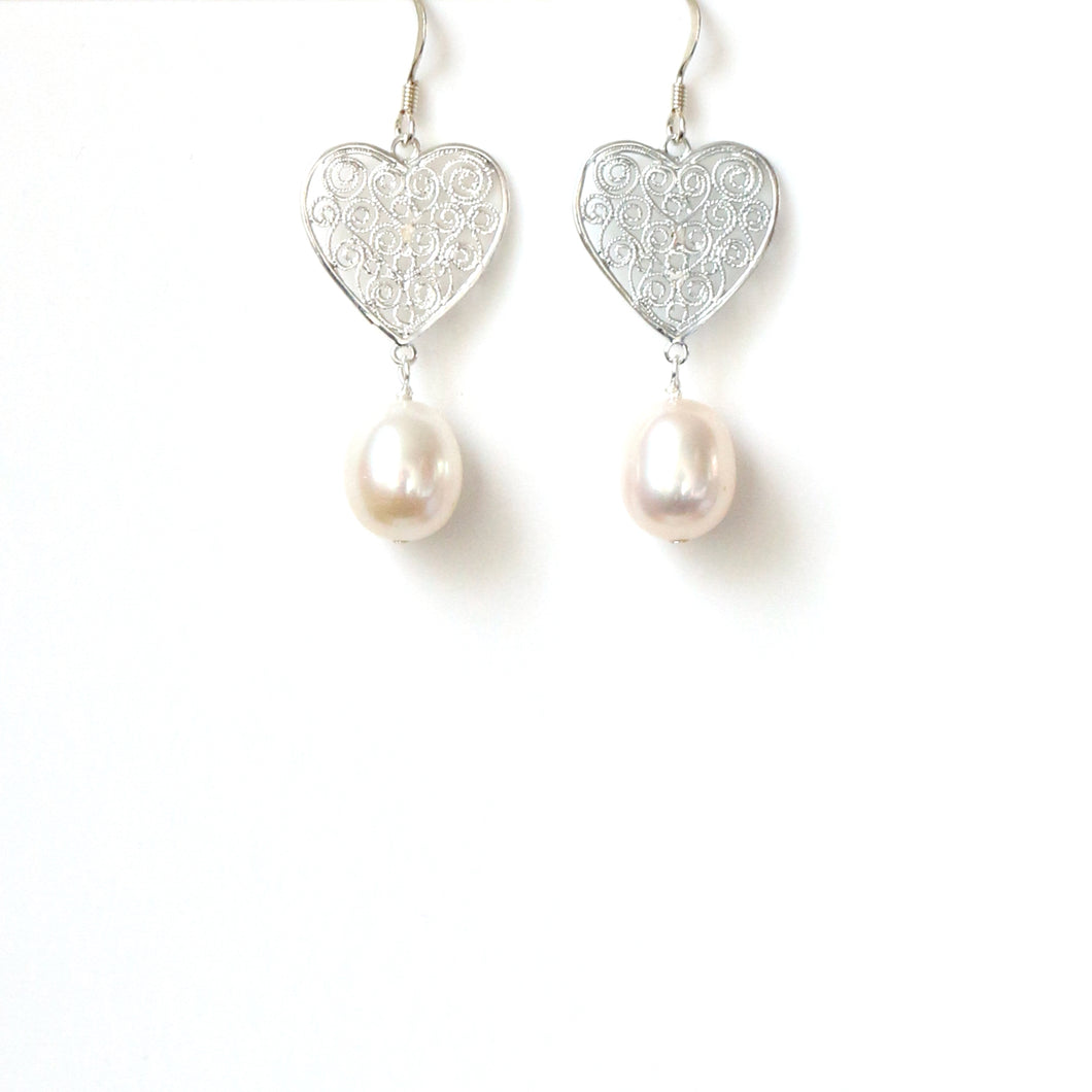 Freshwater Pearl and Sterling Silver Filigree Earrings