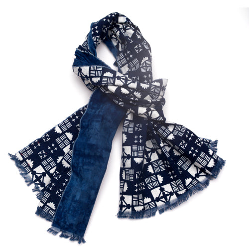 Indigo calico cotton scarf. Geometric pattern