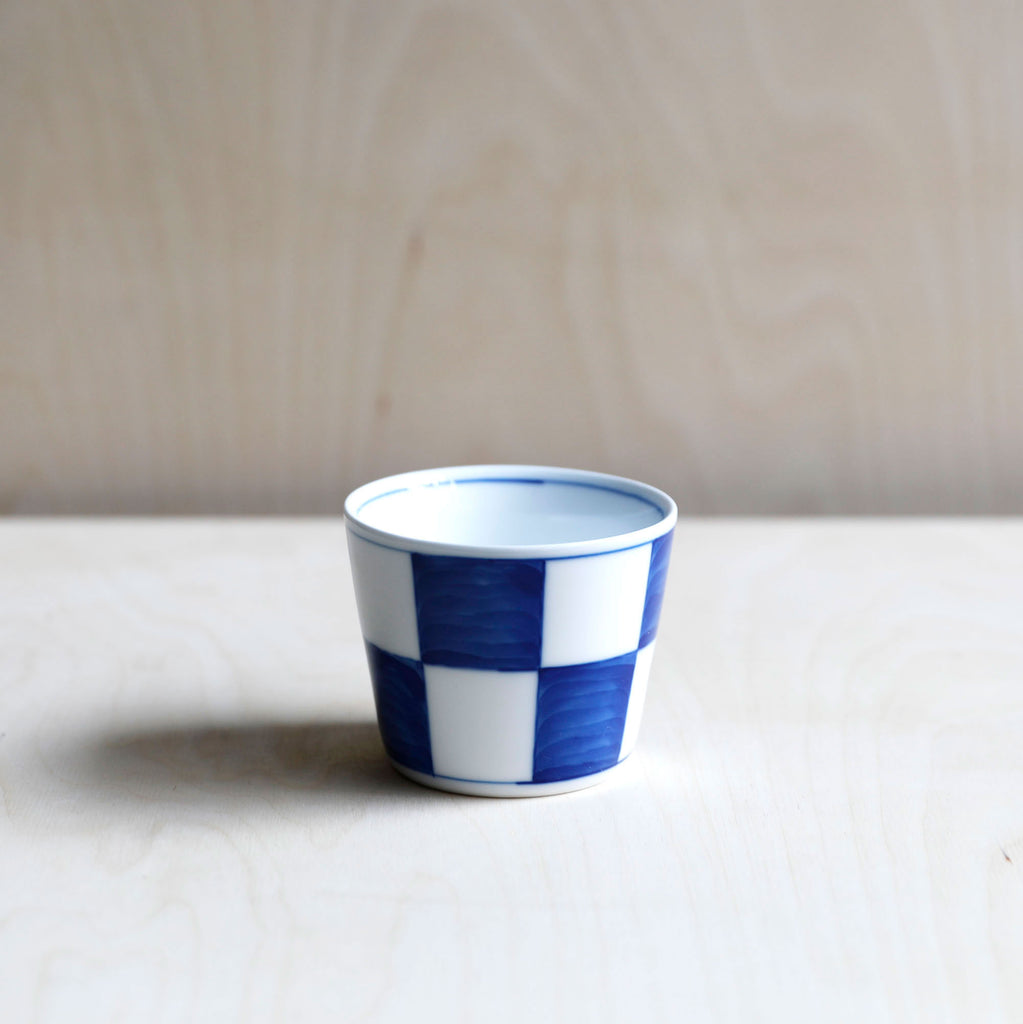 Cobalt Blue and White Porcelain Cup with Cheque 6
