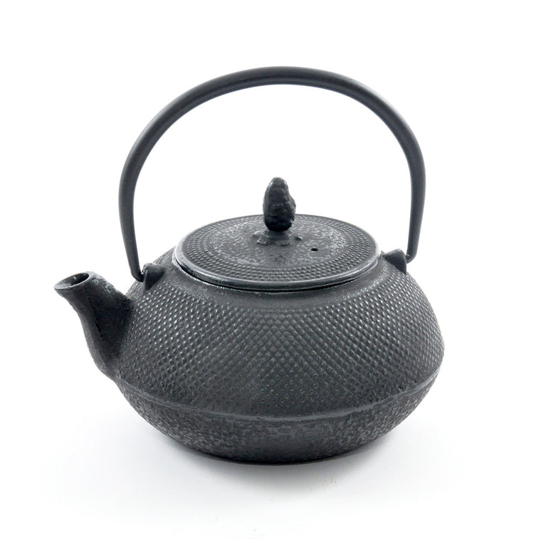 Black Cast Iron Teapot – 0.8l Hobnail - Chinese homewares- Rouge Shop antique stores London - city furniture