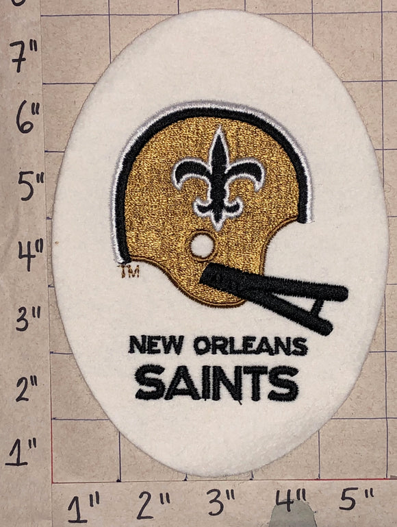 1 VINTAGE NEW ORLEANS SAINTS EGG SHAPED NFL FOOTBALL PATCH
