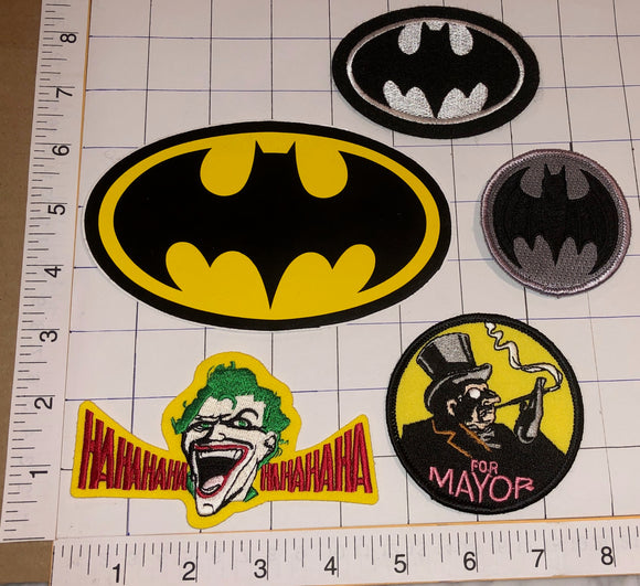 5 BATMAN THE JOKER THE PENGUIN MOVIE DC COMICS SUPERHERO CREST PATCH LOT