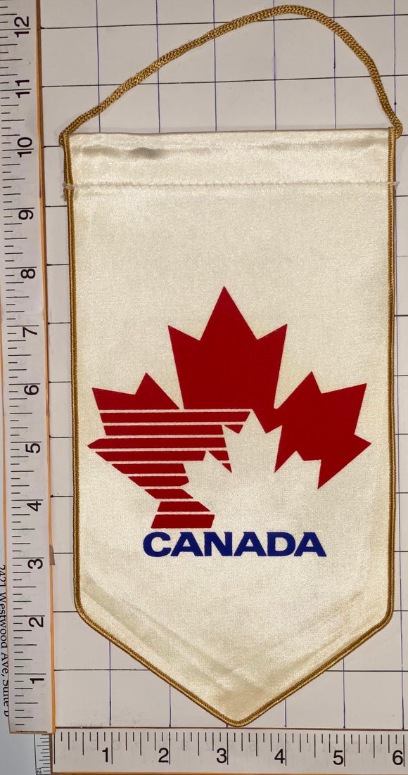 TEAM CANADA OFFICIALLY LICENSED OLYMPIC JUNIOR HOCKEY 10