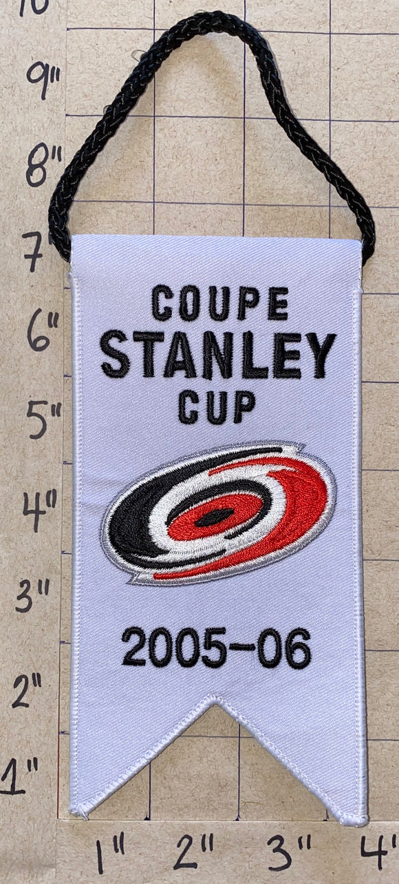 CAROLINA HURRICANES 2005 - 2006 STANLEY CUP CHAMPIONS BANNER NHL HOCKEY