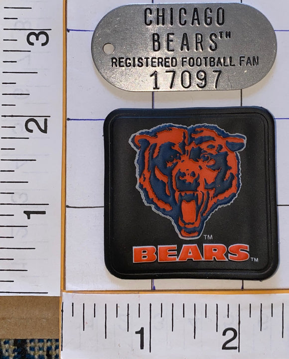 CHICAGO BEARS NFL FOOTBALL METAL TIN DOG ARMY TAGS TAG KEYCHAIN FOOTBALL FAN