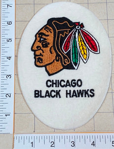 1 RARE CHICAGO BLACK HAWKS BLACKHAWKS EGG SHAPED NHL HOCKEY EMBLEM CREST PATCH