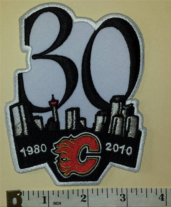 1 CALGARY FLAMES NHL HOCKEY 30TH ANNIVERSARY 1980-2010 EMBLEM CREST PATCH