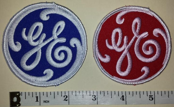 2 RARE GE GENERAL ELECTRIC LIGHTING RENEWABLE ENERGY EMPLOYEE CREST PATCH LOT