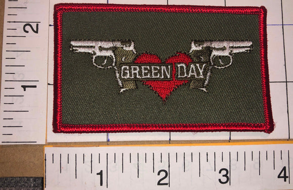 1 GREEN DAY AMERICAN ROCK BAND MUSIC CONCERT 21 GUNS CREST MUSIC PATCH