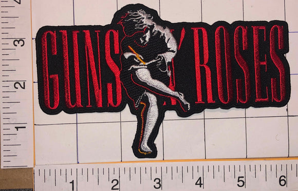1 GUNS N' ROSES GNR USE YOUR ILLUSION 1 & 2 MUSIC CONCERT BAND CREST PATCH