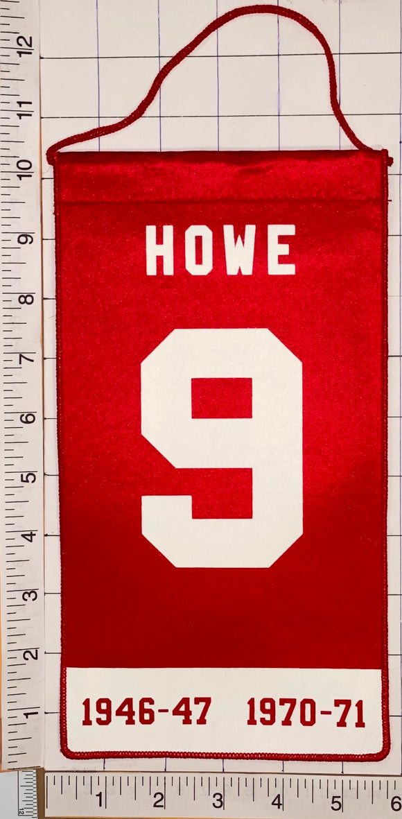 GORDIE HOWE DETROIT RED WINGS RETIREMENT NHL HOCKEY OFFICIAL PENNANT BANNER