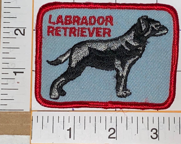 1 VINTAGE 1970'S LABRADOR RETRIEVER HUNTING DOG EMBLEM CREST PATCH