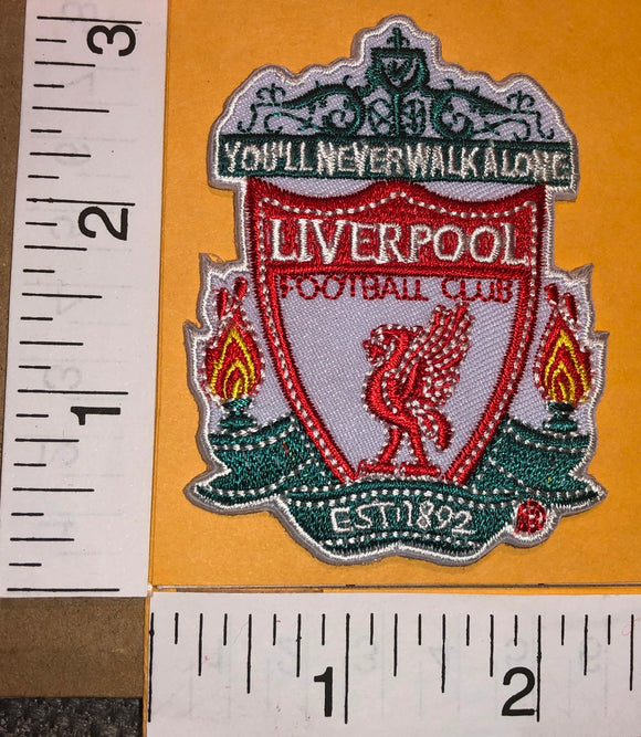 LIVERPOOL F.C. ENGLISH FOOTBALL CLUB PREMIER LEAGUE LONDON SOCCER CREST PATCH