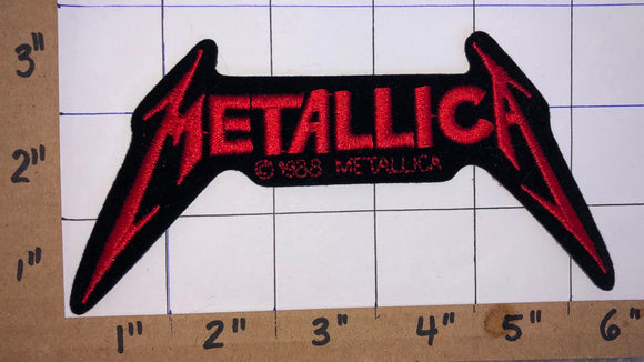 METALLICA AMERICAN HEAVY METAL RED CONCERT MUSIC PATCH CRETS BADGE