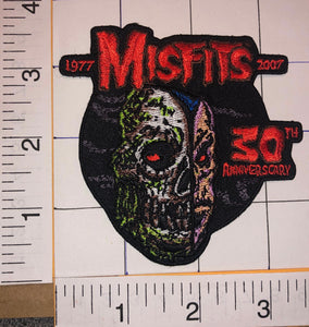 MISFITS 30th ANNIVERSARY AMERICAN PUNK ROCK MUSIC SKULL CONCERT ALBUM PATCH