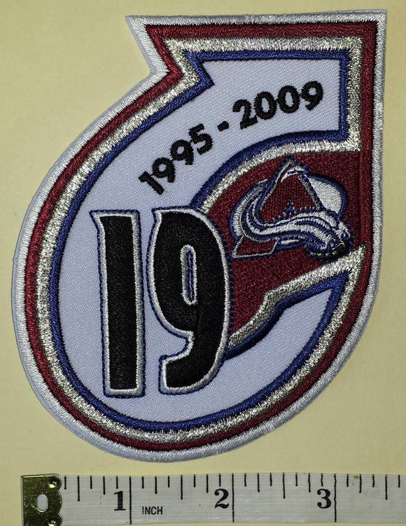 1 COLORADO AVALANCHE JOE SAKIC NHL HOCKEY RETIREMENT 1995-2009 EMBLEM PATCH