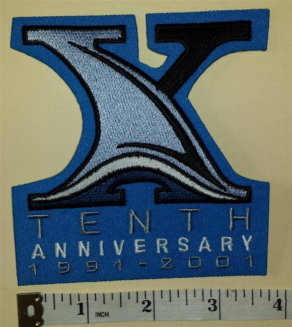 1 SAN JOSE SHARKS 10TH ANNIVERSARY 1991-2001 NHL HOCKEY BLUE BADGE CREST PATCH