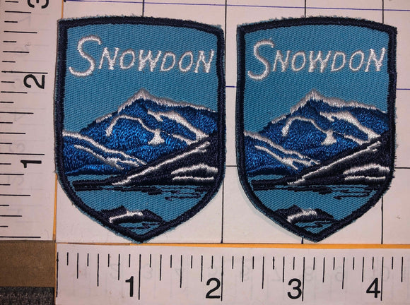 2 VINTAGE SNOWDON MOUNTAINS IN WALES VALCANOES TRAVEL TOURIST SKIING PATCH LOT