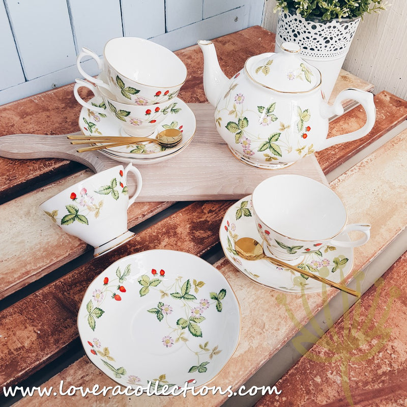 All Year Berry High Tea Set (without Warmer) for 4 Pax with Gift Box