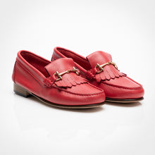 Load image into Gallery viewer, Horsebit Fringe Red Loafer