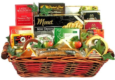 Fathers Day Gift Basket | Cheese, Crackers, Nuts and More