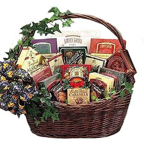 Amazing Snacker! Gourmet Snack Gift Basket