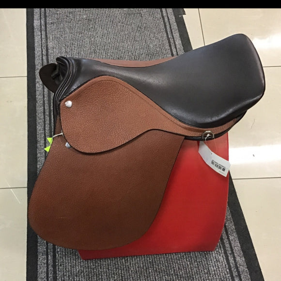 Buffalo Leather Showing Saddle [037111026160]