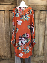 Load image into Gallery viewer, Kimono, Floral Print