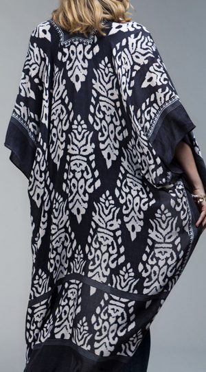Out of the Crowd Kimono