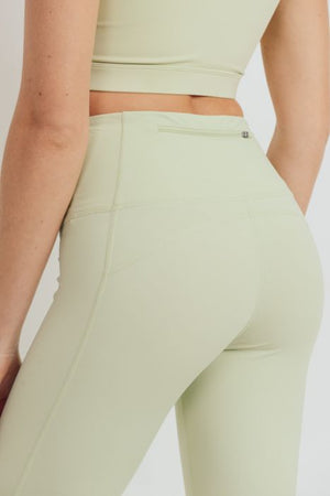 Recycled Essential Lycra-Blend Highwaist Leggings