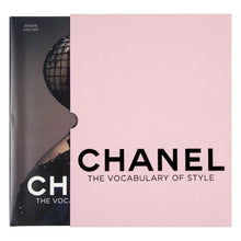 Carregar imagem no visualizador da galeria, Chanel: The Vocabulary of Style