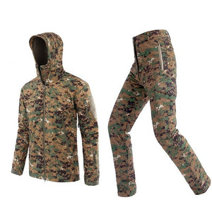 Realtree Camouflage/Hunting Clothes