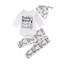 "Load image into Gallery viewer, 3pcs Baby Boy Outfit ""Daddy's New Hunting Buddy"""
